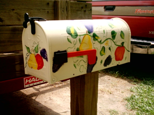 hand painted mailbox, painted mailbox