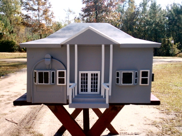 hip roof house mailbox
